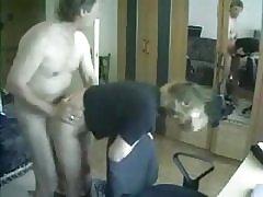 Anya és apa szórakozás elkapja rejtett kamera