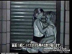 Két kanos pár-kültéri szex